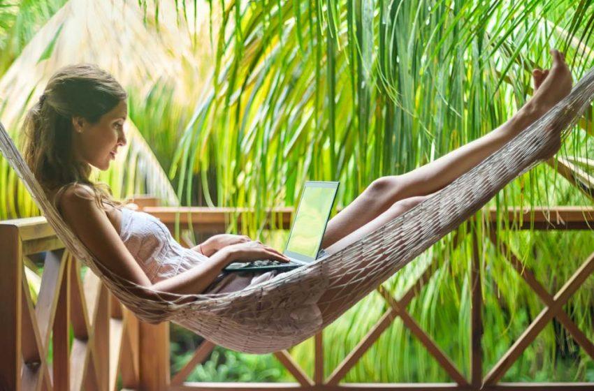 Holiday working y Centralita Virtual. ¡A disfrutar de las vacaciones!